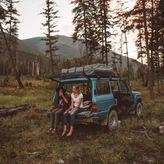 Top Tips For A Fun And Stress-Free Camping Trip. Are you ready to go camping? Adventure Awaits, Adventure Travel, Vacation Travel, Hors Route, Trekking, The Road, Road Trip, Motorhome, Kayak