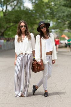 21 Street Style Snaps From The Governors Ball white on white outfit Street Style Chic, Looks Street Style, Mode Simple, Cooler Look, Style Snaps, Mode Inspiration, Fashion Inspiration, Festival Fashion, Spring Summer Fashion