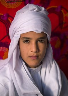 Gadamis boy - Libya - Photo by Eric Lafforgue.