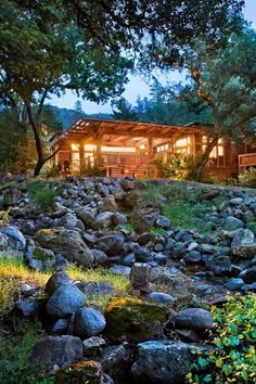 Tucked into a private canyon in the Upper Napa Valley on a 157-acre site marked by ancient oaks, majestic hills, a rock-hewn stream and private lake lies Calistoga Ranch – the ultimate expression of the Napa Valley experience.