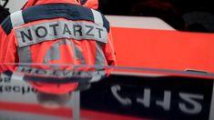 Erste Hilfe: Mann stirbt in Straßenbahn - Notarzt regt sich auf, weil niemand half - SPIEGEL ONLINE
