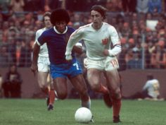 Holland 2 Brazil 0 in 1974 in Dortmund. Johan Cruyff comes away from Jairzinho in Round 2, Group 1 at the World Cup Finals.