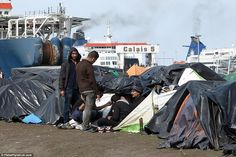 EU Migrants Pack Calais in Squalid Conditions Waiting to Get into Britain -