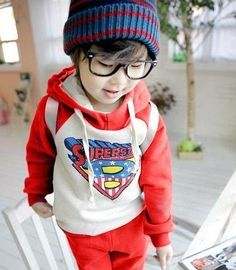 #beanie #superhero #hipster #hoodie #rayban #red #kid #superman #wayfare #hipstertime