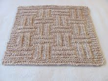 Roxee's knitting fun: Basket cloth.  This pattern is one of my favorite wash cloths!