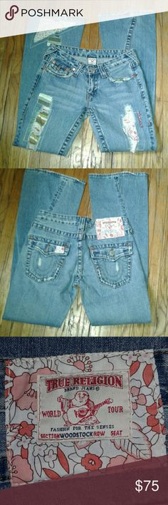 True Religion Woodstock Jeans Super cute flare jeans. 60s style fashion. Button back pockets. Red and green stitching. True Religion Jeans Flare & Wide Leg