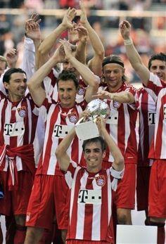 ontd_football: FC Bayern won Supercup FC Bayern München FC Bayern Bayern Munich Mia San Mia!