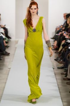 Oscar de la Renta  - love the dress and color. Now I just need somewhere to wear it...