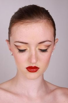 How-to: Ballet Eye Makeup Made Easy - JAM Cosmetics
