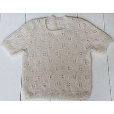 Hulstrikket bluse med korte ærme - Gratis opskrift