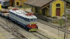 Model Trains, Verona, Vehicles, Toys, Display Stands, Templates, Scale Model, Dioramas, Italy
