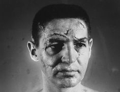 A makeup artist visualized the career-long injuries of pro hockey goalie Terry Sawchuk, who played for the Maple Leafs in the And they say football is dangerous? Pro Hockey, Hockey Goalie, Kings Hockey, Fake Scar, Rare Historical Photos, Goalie Mask, Game Face, National Hockey League, Toronto Maple Leafs