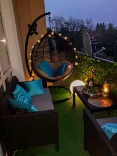 Small Balcony Decor, Small Balcony Garden, Small Balcony Design, Apartment Balcony Garden, Balcony Ideas, Love Home, My Dream Home, My Home Design, House Design