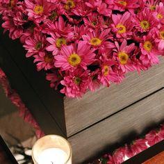 DECO Natural By DECOLORES (base de espejo para reflejar tu centro)   #weddingdecoration #boda #decoracion #vintage #love #amor #creative #flores #flowers #crafts #decolores #caracas #novia #bride #fiesta #party #venezuela #instabride #purple #hechoamano #creativo #instalove #instagood #instamood #centrosdemesa #mustache #centerpiece #mesadedulces #expoboda #weddingplanner #Padgram
