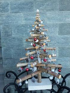 Hanukkah, Advent Calendar, Wreaths, Holiday Decor, Home Decor, Wood, Homemade Home Decor, Door Wreaths, Deco Mesh Wreaths