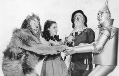 The Missing Scene from Wizard of Oz – Fingers to Sky