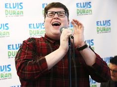 """The Voice"" winner Jordan Smith has the voice and the specs to make it big time!"