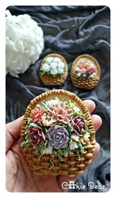 Mom Elegant Cookies, Fancy Cookies, Vintage Cookies, Iced Cookies, Easter Cookies, Sugar Cookies, Cookie Cake Pie, Sugar Cookie Frosting, Royal Icing Cookies
