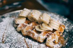 Suchst du gesunde, vegane, glutenfreie Waffeln? Hier sind sie. In zwei Minuten gemacht und ganz ohne schlechtes Gewissen gegessen. Guten Appetit!