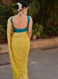 Sari Blouse, Blouse Sexy, Saree Blouse Neck Designs, Fancy Blouse Designs, Saree Jacket Designs, Sleeveless Blouse, Sari Design, Chiffon Saree, Banarsi Saree