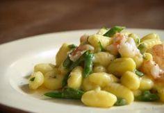 """""""Gnocchi con asparagi e gamberetti"""", in tavola un primo piatto veloce e dal gusto delicato"""