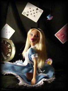 Dreamy Alice by PinkUnicornPrincess.deviantart.com on @deviantART