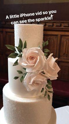 Sparkle glitter white blush pink wedding cake [Video] in 2020 Sparkly Wedding Cakes, Blush Pink Wedding Cake, Fondant Wedding Cakes, Buttercream Wedding Cake, Floral Wedding Cakes, Fall Wedding Cakes, Blush Pink Weddings, Sparkle Wedding, Wedding Cake Designs