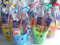 15 Pre Filled Children's Smiley Cup Party Loot Favour in Cello Bag With Ribbon for sale online Party Favors For Kids Birthday, Valentines Day Party, 1st Birthday Parties, Birthday Ideas, Goodie Bags For Kids, Gifts For Kids, Party Gifts, Diy Gifts, Kids Table Wedding