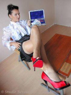 Picture 6 Pumps, Lady, Outfit, Stiletto Heels, Pictures, Shoes, Fashion, Dominatrix, Panty Hose