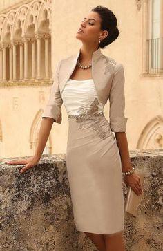 Popular Strapless Knee Length Champagne Taffeta Sheath Column Mother Of The Bride Dress With Jacket B2lr0020