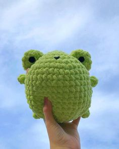 Kawaii Crochet, Cute Crochet, Crochet Crafts, Crochet Projects, Knit Crochet, Crochet Animal Patterns, Stuffed Animal Patterns, Crochet Animals, Frog Art