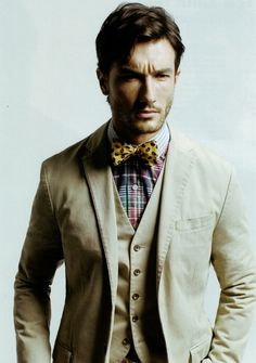 A French Gentleman Sharp Dressed Man, Well Dressed Men, Ivy Style, Men's Style, Tailored Shirts, Three Piece Suit, Mens Style Guide, English Style, Gentleman Style
