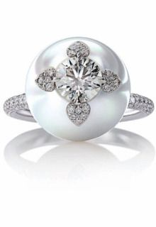 Only Mikimoto can encrust a pearl with diamonds, loooove!