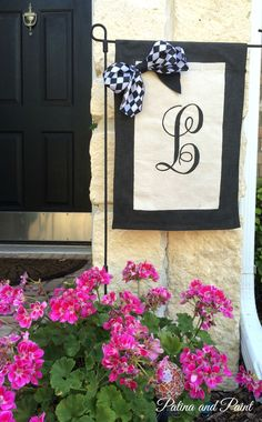 I came to the hanging of garden flags late in the trend, but once I got there, I got there big! Today I am going to show you how to make a garden flag. Garden Crafts, Garden Art, Patina Paint, Harlequin Pattern, Yard Flags, Outdoor Projects, Craft Projects, Sewing Projects, Craft Day