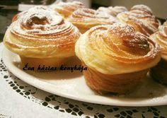 Cruffin   Rédeiné - Varga Éva receptje - Cookpad receptek Fika, Crescent Rolls, Croissants, Fondant, Muffins, Food And Drink, Sweets, Cookies, Breakfast