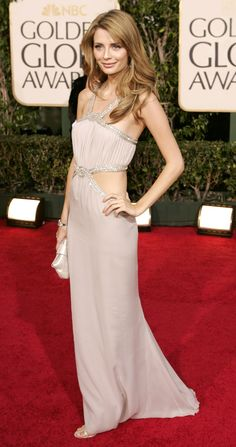Mischa Barton embodied Young Hollywood perfectly in this fresh, sequined gown at the 2005 Golden Globes. via StyleList