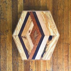 Hexagon 005 is made from cherry, red mahogany, cypress, maple, and black walnut. I really enjoy how this one came together. The colors and textures of each piece used creates interest throughout the work. Thank you for taking the time to view this Reclaimed Wood Wall Art, Rustic Wall Art, Rustic Walls, Wood Art, Woodworking Tutorials, Fine Woodworking, Woodworking Crafts, Hot Tub Deck, Wooden Clock