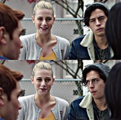 Her side smile does things to me Riverdale Cw, Riverdale Archie, Riverdale Memes, Archie And Betty, River Dale, Betty Cooper, Cheryl Blossom, Lili Reinhart, Archie Comics