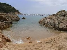 Tamaríu. Odio Cuando Los Barcos Rompen Mi Espacio Con El Mar