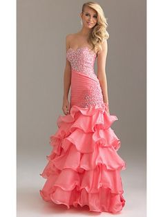 I usually don't like the color pink. But this is gorgeous!!!!! I LOVE IT<3