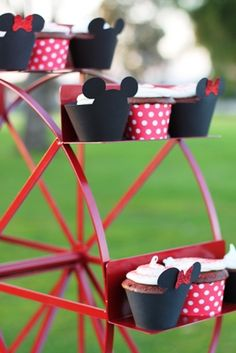 Unique Cake Stands and Cupcake Stand Rentals | Party Planning Tips ...
