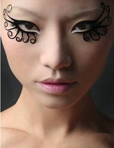 Most Extreme Fashion Makeup Ideas - Black Swirl Eyes