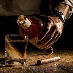 single malt whisky and a cigar Cigars And Whiskey, Pipes And Cigars, Cigar Bar, Cigar Club, Its A Mans World, Man Up, In Vino Veritas, Peaky Blinders, Cigar Smoking