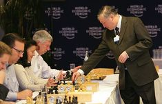 The Grandmaster in the Corner Office: What the Study of Chess Experts Teaches Us about Building a Remarkable Life - Cal Newport