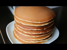 Clătite americane / Pancakes/ Amerikai palacsinta♡ Gătește cu pasiune - YouTube American Pancakes, Romanian Food, Goulash, Crepes, Gluten, Make It Yourself, Cooking, Breakfast, Desserts
