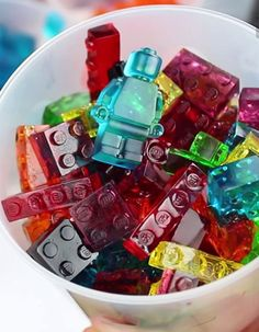This DIY Lego gummies is GENIUS!