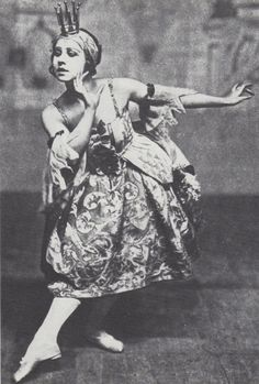 """Lydia Lopokova as the Lilac Fairy in Ballets Russes' """"Sleeping Princess"""""""