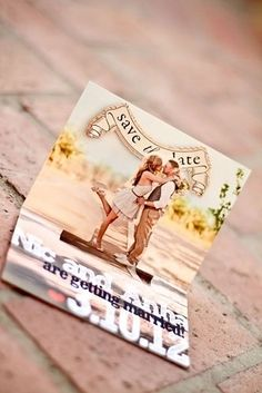 How cute is this save the date pop up?
