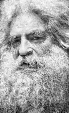 Israel, old guy, beard, wrinckles, lines of life, wisdom, powerful face, intense eyes, portrait, b/w