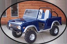 featuring bronco looking bodies for you club car golf cart - available in kits, and in full carts Custom Golf Cart Bodies, Custom Golf Carts, Golf Cart Body Kits, Custom Body Kits, Electric Golf Cart, Classic Ford Broncos, Golf 4, Power Wheels, Sportbikes